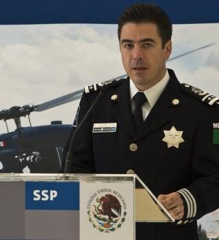 EE.UU. acusa de narcotráfico a exfuncionarios mexicanos y pide arresto