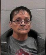 Mamá contrató asesino a sueldo para matar a su hijo y a la novia de él