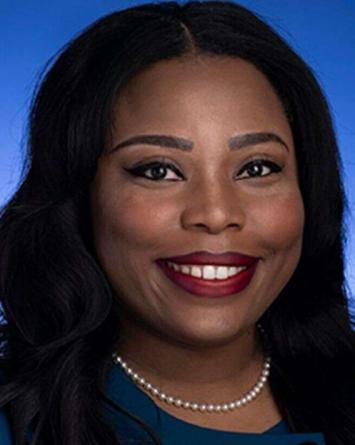 Senadora de TN es acusada de robar $600 mil para su boda y divorcio