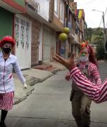 VIDEO: Circo rodante alimenta y alegra las calles de Colombia