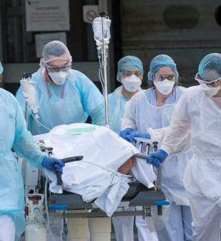 Alertan por reinfección de COVID en Hong Kong y dos más en Europa