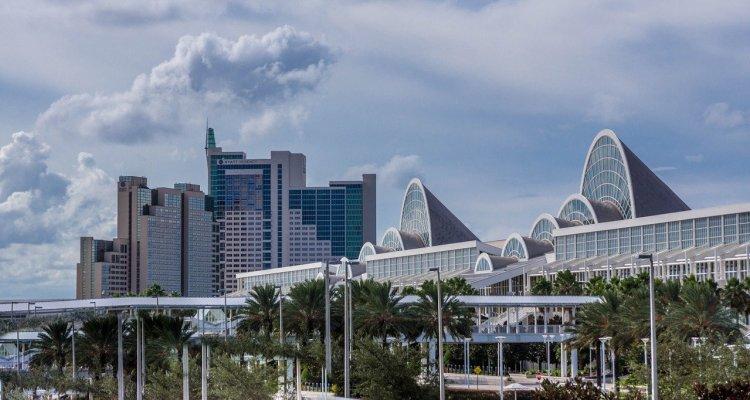 Sector turístico en Orlando crea estrategias para recuperar su economía