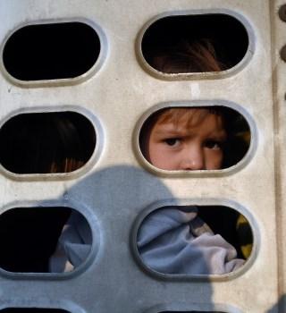 Niños migrantes centroamericanos son expulsados a México por EE.UU.
