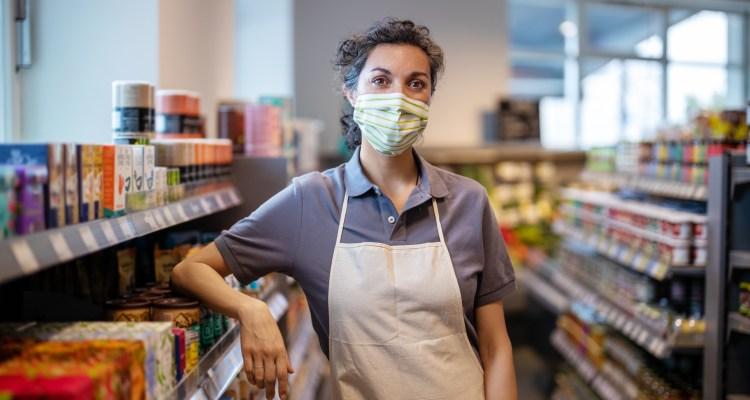 California aprueba ley para proteger a trabajadores del Coronavirus
