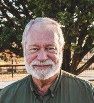 Hombre de Texas que detuvo tiroteo en iglesia sin cargos penales
