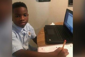 Suspenden a alumno por tener arma en su habitación en clase virtual