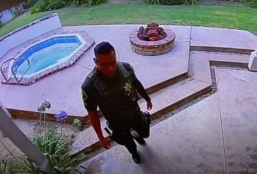 Oficial entró a robar a la casa donde había ido a atender una muerte