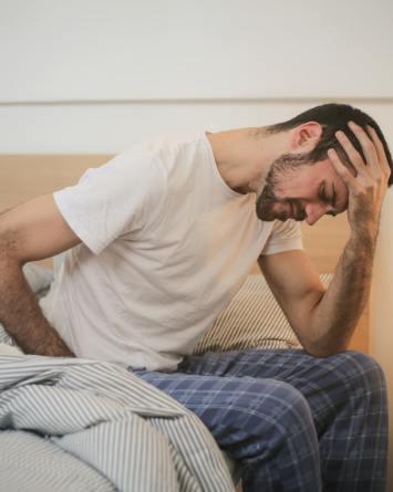 El nuevo y aterrador síntoma de COVID que está alertando a los hombres