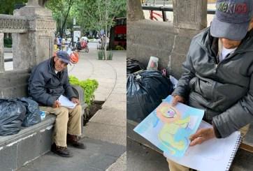 Anciano dibujante sin hogar realiza su primera exposición ambulante