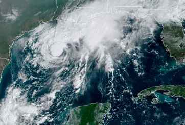 NOAA vía AP. Tormenta Tropical Beta.