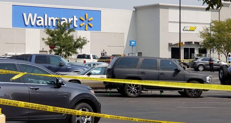 Pánico en Lakewood por tiroteo en estacionamiento de Walmart