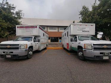 Ciudad Juárez recibe tres unidades móvil tras saturación de hospitales