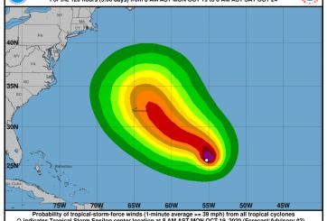 Se prevé que la tormenta tropical 'Epsilon' se convierta en huracán