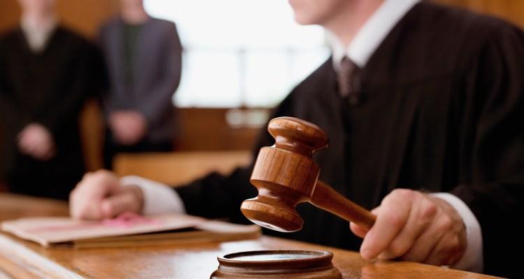Abogados se preparan para ir a la corte por casos de votos por correo
