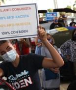 """Escritor exiliado cubano sale en defensa de Biden: """"No es socialista"""""""