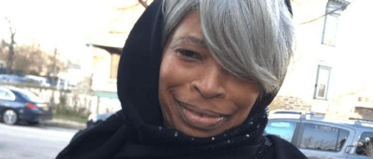 Ofrecen $5,000 en caso de abuela que quedó ciega en ataque químico