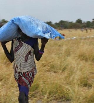 Programa Mundial de Alimentos de la ONU recibe el Premio Nobel de la Paz
