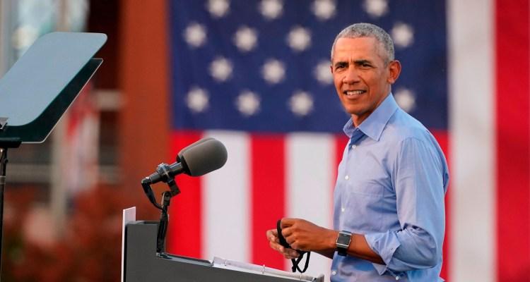 Obama critica la presidencia y el carácter de Trump en discurso