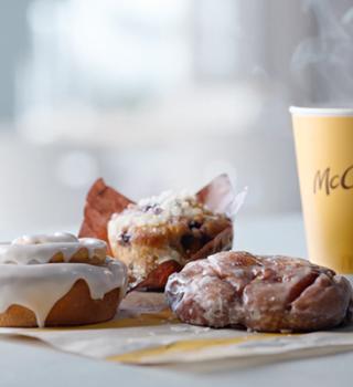 Los 3 nuevos postres de McCafé Bakery que McDonald's quiere regalarte