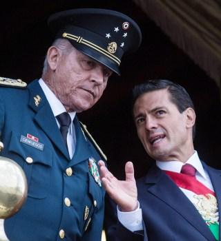 Detienen a exsecretario de Defensa de México en California