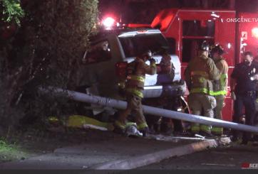 3 personas mueren al estrellarse tras persecución policial en San Diego