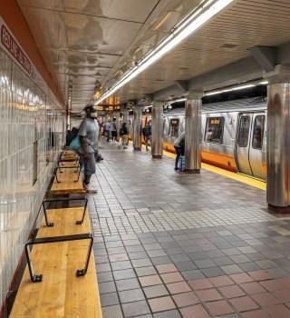 Posibles recortes al sistema de MBTA debido a la pandemia