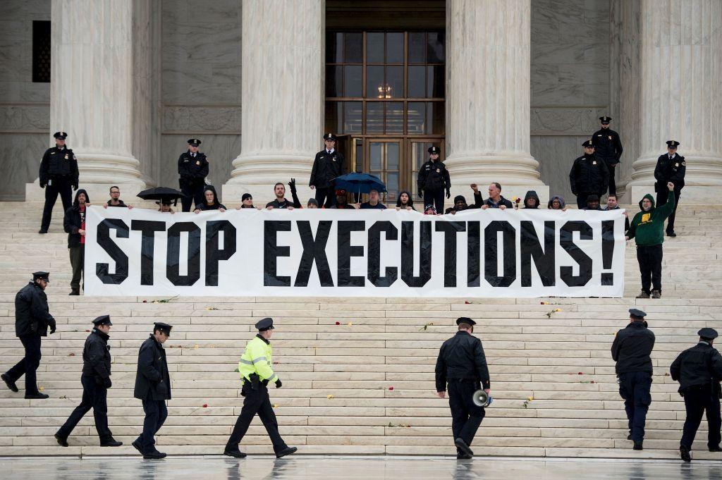 Manifestación frente a la Corte Suprema en 2017