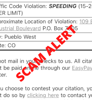 Alerta de estafa en el Condado Pueblo con multas de tránsito