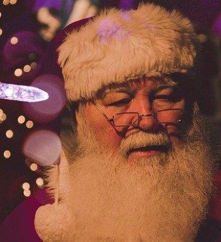 Santa Claus llegó a la ciudad con restricciones por COVID-19