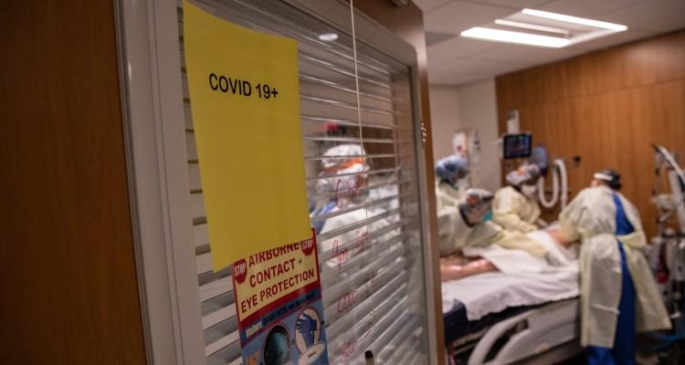 EE. UU. supera los 100,000 nuevos casos de COVID por segundo día