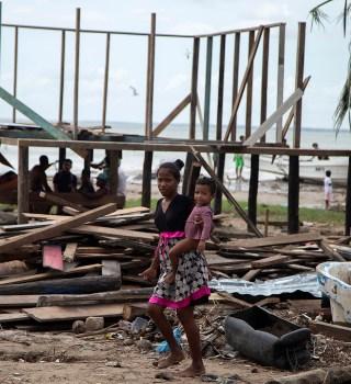 Continúa tragedia en centroamérica, miles de damnificados tras huracanes