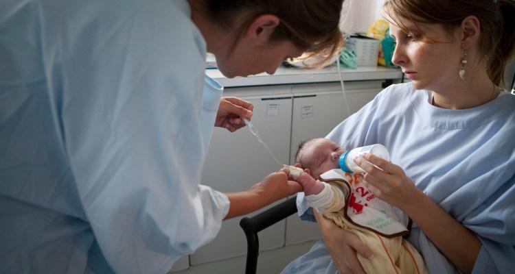 Los antibióticos están causando infecciones en los bebés y nadie lo dice