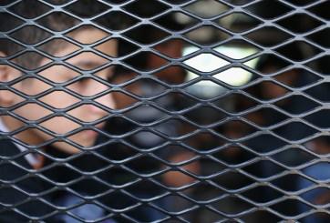 Juez ordena a gobierno que detenga la expulsión de niños migrantes