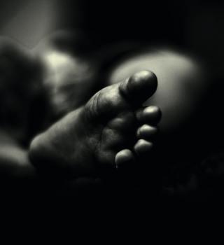 Madre de Florida abandonó a su bebé con sarna en la casa de un extraño