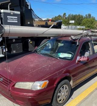 Robó poste eléctrico de la autopista y pretendía venderlo al reciclaje
