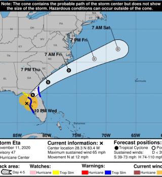 Tormenta Tropical Eta azota con inundaciones la bahía de Tampa
