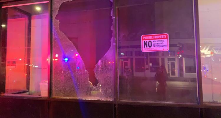 Presuntos grupos socialistas protestan en centro de Denver