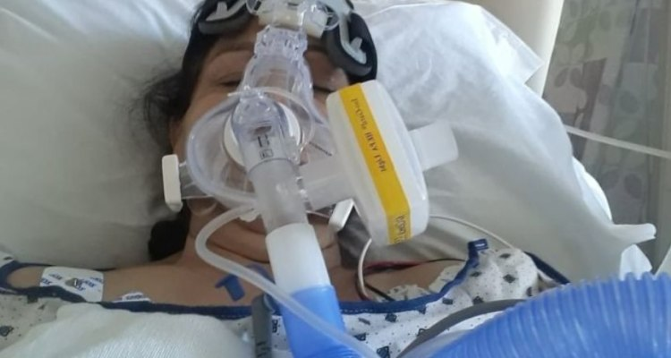 Pierde a su madre tras luchar por meses contra el COVID-19