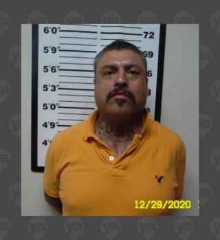 Arrestan a hombre de 45 por mostrar material dañino a joven de 16
