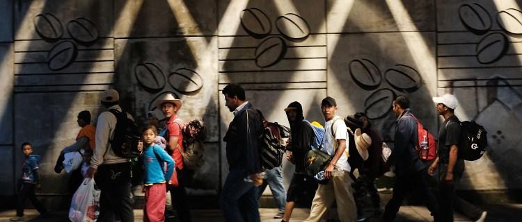 Se forma nueva caravana migrante en Honduras motivada por la crisis