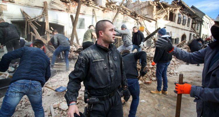 Poderoso sismo de 6,4 dejó al menos 6 muertos en Croacia