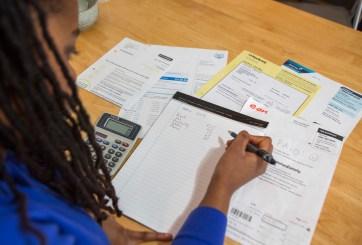 La mayoría de las personas en EE. UU. viven «de cheque a cheque», revelan