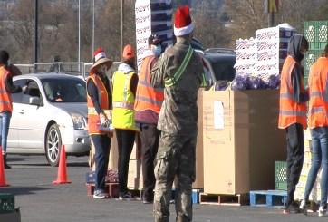 Más de dos mil familias reciben comida para esta Navidad