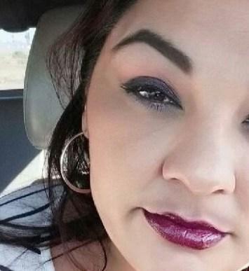 Apuñaló hasta la muerte a su novia embarazada frente a los hijos de ella