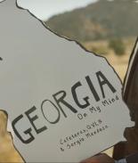 Versión en spanglish de 'Georgia On My Mind' motiva al voto latino