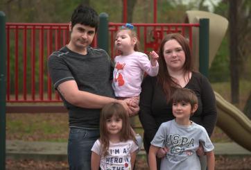 Familia se enfrenta a la ruina por querer proteger a su bebé de Covid