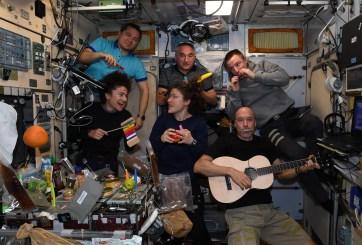 Así fue como los astronautas celebraron la Navidad en el espacio