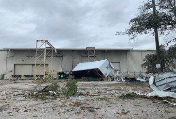 Tornado causó destrozos en condados Pinellas y Polk, en la bahía de Tampa