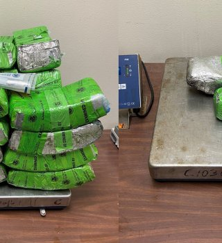 Arrestan a mujer de Texas con cargamento de droga de casi $3 millones