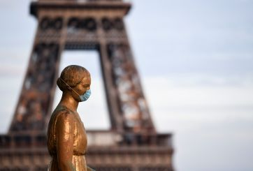 Francia extiende toque de queda en las regiones más afectadas por coronavirus